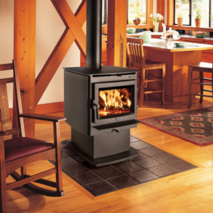The mid-sized Evergreen NexGen-Fyre™ hits the mark on performance, function and design. This sleek stove features gentle curved lines and complements any home's décor while artfully presenting heavy gauge steel, unibody construction and a cast iron door with a large, self-cleaning ceramic glass viewing area. The Evergreen's standard bypass damper gives you full control over the flow of smoke inside this stove, eliminating smoky startups and reloads.